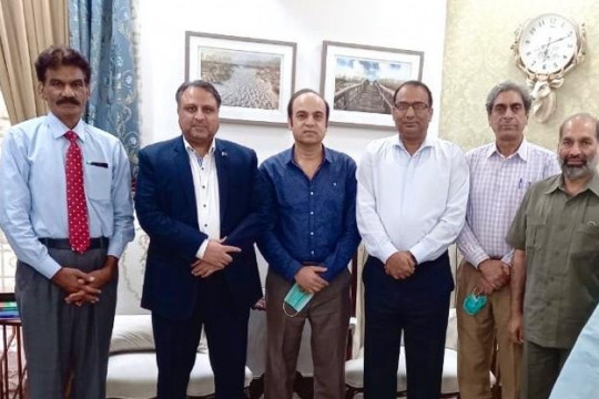 Engr Prof Dr Athar Mahboob Vice Chancellor along with recently promoted professors
