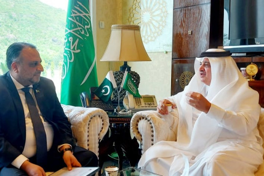 Worthy Vice Chancellor IUB with Ambassador of the Royal Kingdom of Saudi Arabia